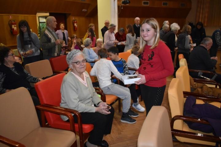 Učenici volonteri i korisnici Doma za starije i nemoćne proslavili Svjetski dan bolesnika