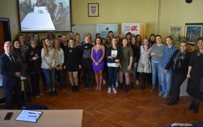 Two school volunteer clubs officially opened in Sisak and Hrvatska Kostajnica