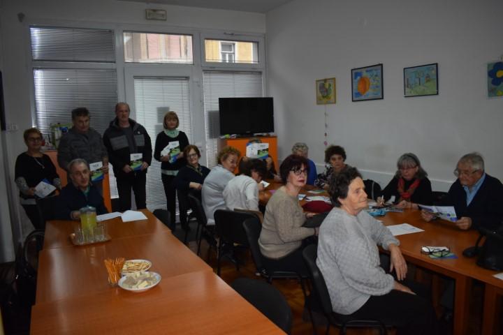 Korisnici Udruge tjelesnih invalida grada Siska se educirali o volontiranju